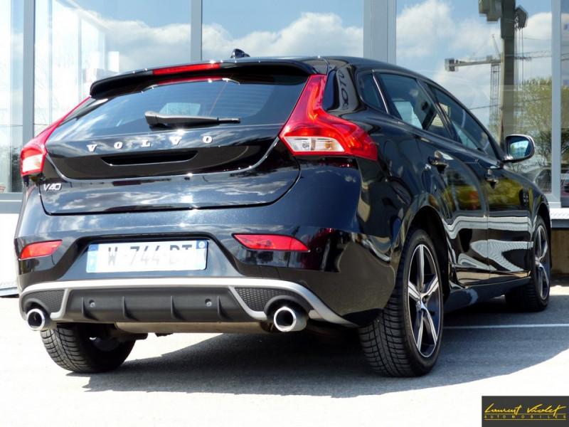 Photo 5 de l'offre de VOLVO V40 120 R-Design Facelift 1ère main à 17990€ chez Automobiles Laurent Violet