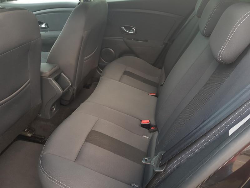 Photo 15 de l'offre de RENAULT Megane 3 1.5L DCI 110cv Dynamique 5P Clim Auto Bluetooth Radar AV/AR Radio CD MP3 à 7990€ chez L'Automobile - Jérôme BATHIARD