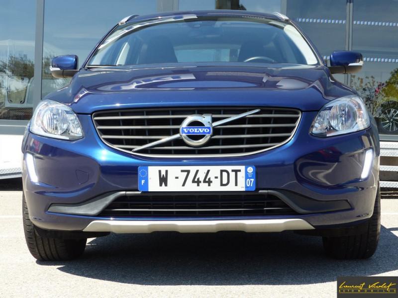 Photo 2 de l'offre de VOLVO XC60 D3 2.0 150 ch Ocean Race Edition 1ère main à 20490€ chez Automobiles Laurent Violet
