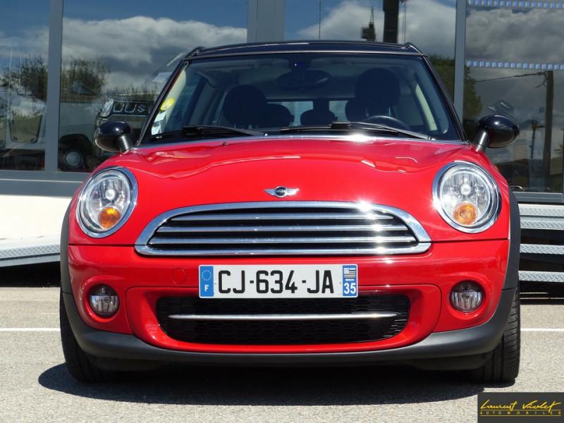 Photo 2 de l'offre de MINI Mini Clubman Cooper D 112 Pack Red Hot Chili à 8990€ chez Automobiles Laurent Violet