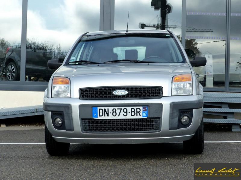 Photo 2 de l'offre de FORD Fusion 1.4 TDCi 68 Trend à 3890€ chez Automobiles Laurent Violet