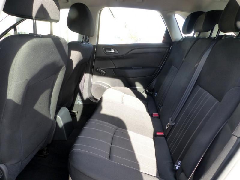 Photo 9 de l'offre de CITROEN C4 II 1.6 Hdi 90 Attraction à 8490€ chez Automobiles Laurent Violet