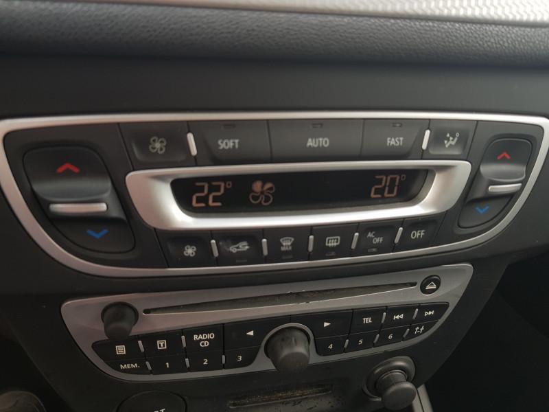 Photo 8 de l'offre de RENAULT Megane 3 1.5L DCI 110cv Dynamique 5P Clim Auto Bluetooth Radar AV/AR Radio CD MP3 à 7990€ chez L'Automobile - Jérôme BATHIARD