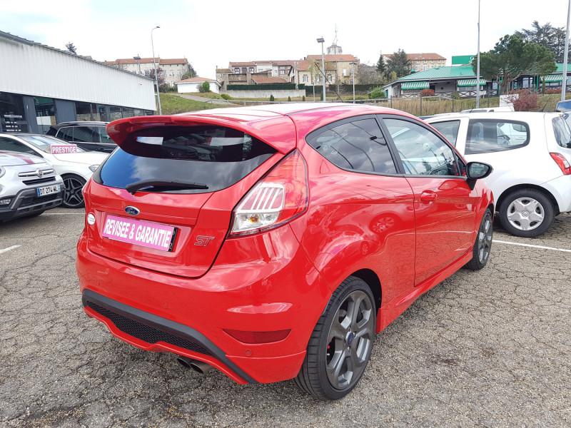Photo 3 de l'offre de FORD Fiesta VI ST 1.6L 182cv Chassis Sport Sièges Recaro 3 Portes Clim Bluetooth J. Alu Radar AR à 13990€ chez L'Automobile - Jérôme BATHIARD