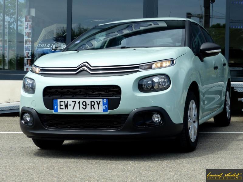 Photo 10 de l'offre de CITROEN C3 (III) 1.2 PureTech 82 Live à 9490€ chez Automobiles Laurent Violet