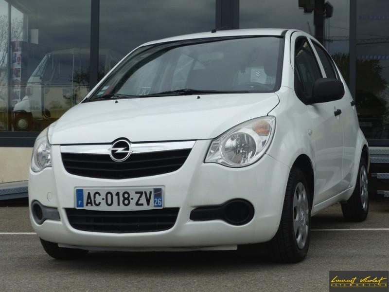 Opel Agila 1.0 - 65 ch ecoFLEX Essentia 1ère main Essence blanc Occasion à vendre