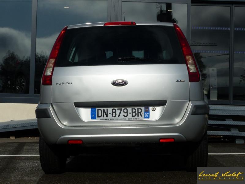 Photo 6 de l'offre de FORD Fusion 1.4 TDCi 68 Trend à 3890€ chez Automobiles Laurent Violet