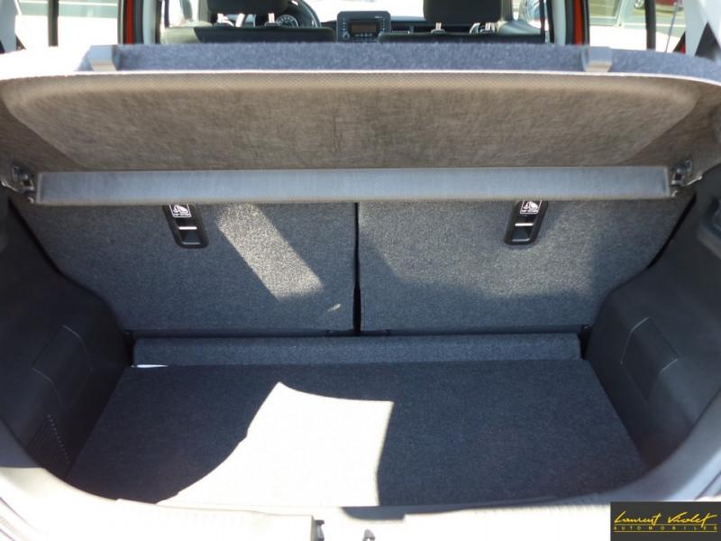 Photo 7 de l'offre de SUZUKI Ignis 4x4 1.2 Dualjet 90 AllGrip Privilège 1ère main à 10990€ chez Automobiles Laurent Violet