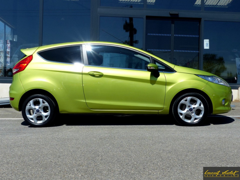 Photo 3 de l'offre de FORD Fiesta VI 1.4 TDCi 70 Titanium à 6490€ chez Automobiles Laurent Violet