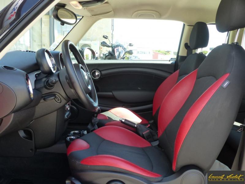 Photo 8 de l'offre de MINI Mini Clubman Cooper D 112 Pack Red Hot Chili à 8990€ chez Automobiles Laurent Violet