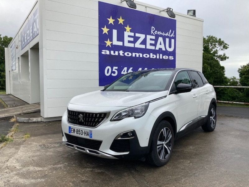Photo 1 de l'offre de PEUGEOT 3008 Allure Hdi 120 cv à 23600€ chez Lezeau automobiles