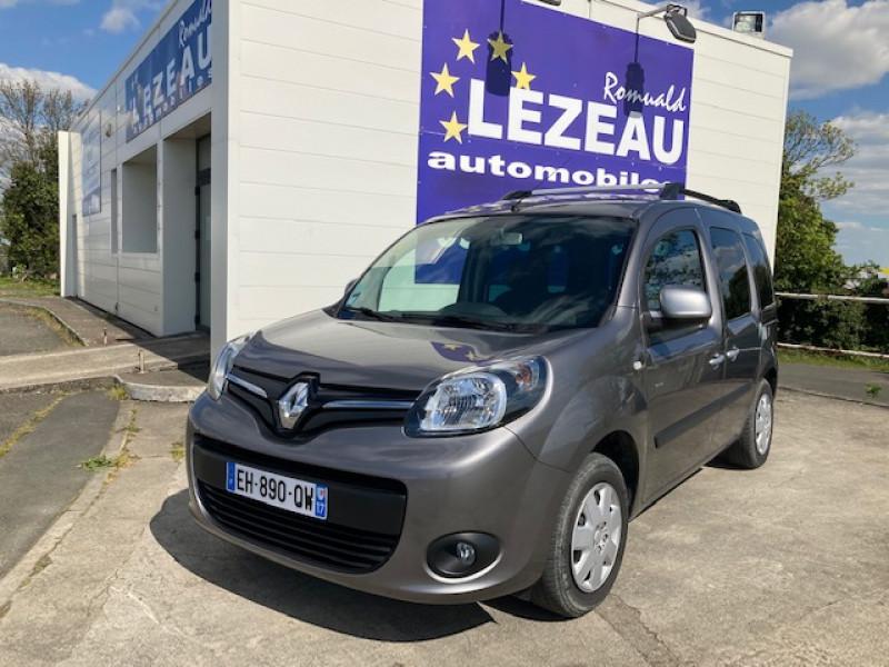 Photo 1 de l'offre de RENAULT Kangoo Limited dci 90 cv à 12990€ chez Lezeau automobiles