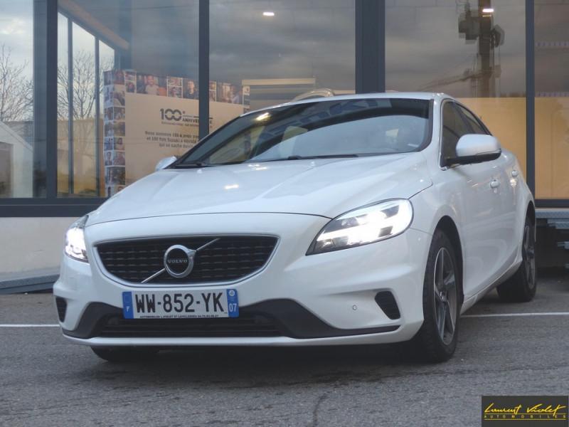 Volvo V40 D3 2.0 150 R-Design -40% Diesel blanc Occasion à vendre