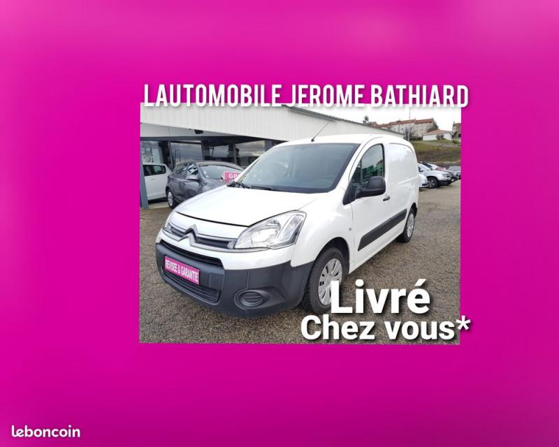 Photo 5 de l'offre de CITROEN Berlingo Boîte Auto 3 Places 1.6L e-HDI 90cv Bluetooth Radar de Recul Prix TTC à 7990€ chez L'Automobile - Jérôme BATHIARD