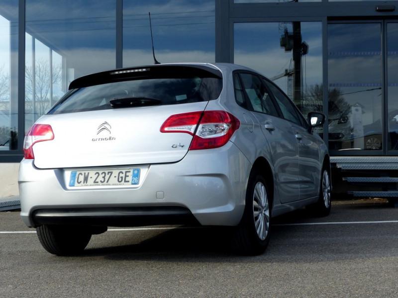 Photo 5 de l'offre de CITROEN C4 II 1.6 Hdi 90 Attraction à 8490€ chez Automobiles Laurent Violet