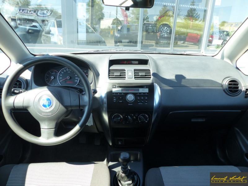 Photo 5 de l'offre de FIAT Sedici 1.9 Multijet 120 4x4 Dynamic à 4490€ chez Automobiles Laurent Violet