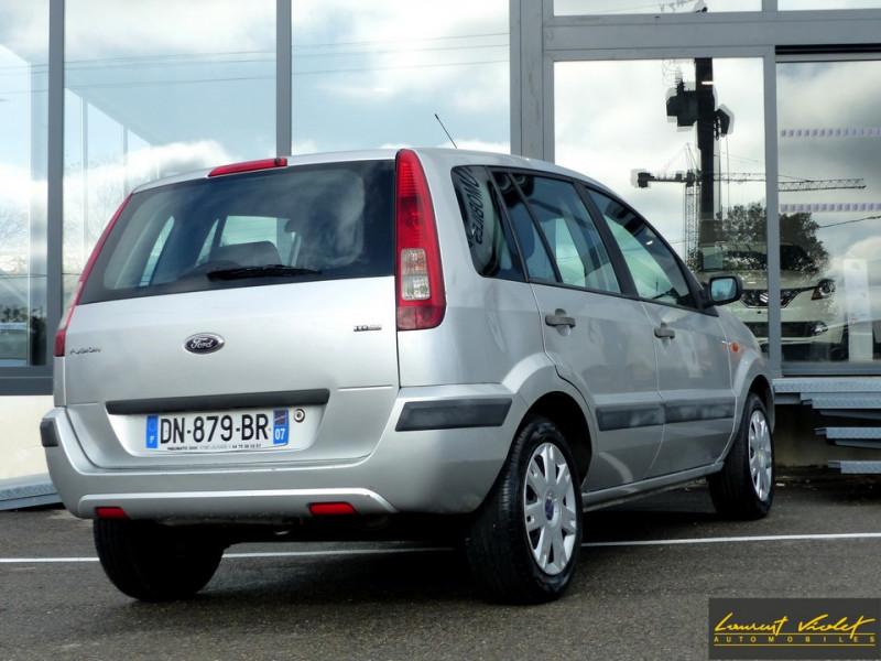 Photo 5 de l'offre de FORD Fusion 1.4 TDCi 68 Trend à 3890€ chez Automobiles Laurent Violet