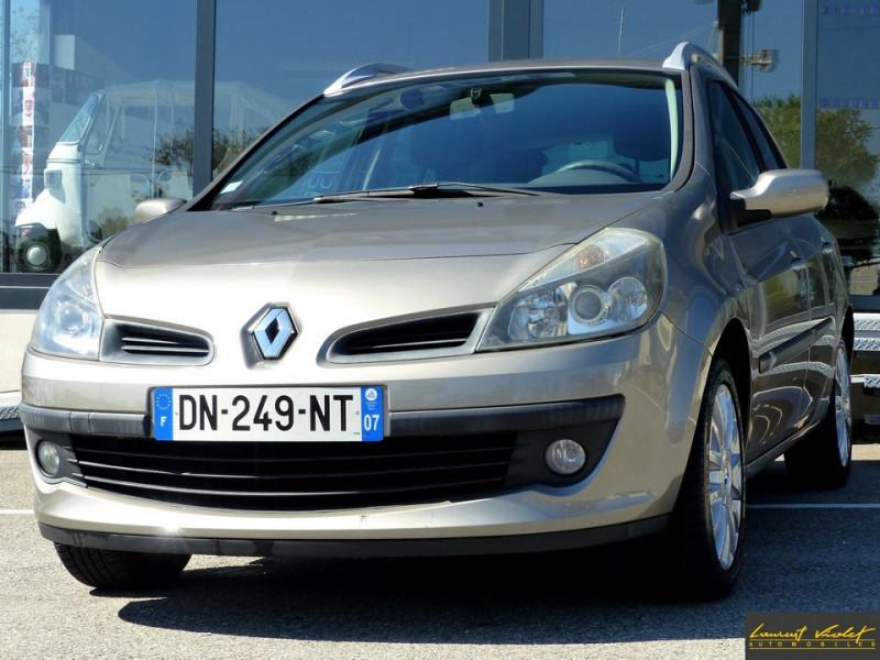 Renault Clio Estate III Estate 1.6 16V 110 Exception Essence Beige Occasion à vendre