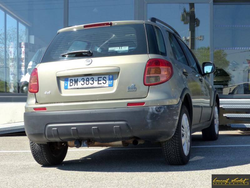 Photo 4 de l'offre de FIAT Sedici 1.9 Multijet 120 4x4 Dynamic à 4490€ chez Automobiles Laurent Violet