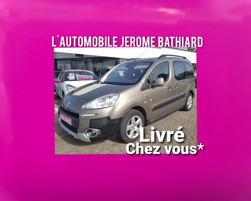 Photo 1 de l'offre de PEUGEOT Partner Tepee Outdoor 1.6L HDI 90cv Clim Auto Radar de recul Jantes Alu 2 Portes Latérales à 11290€ chez L'Automobile - Jérôme BATHIARD