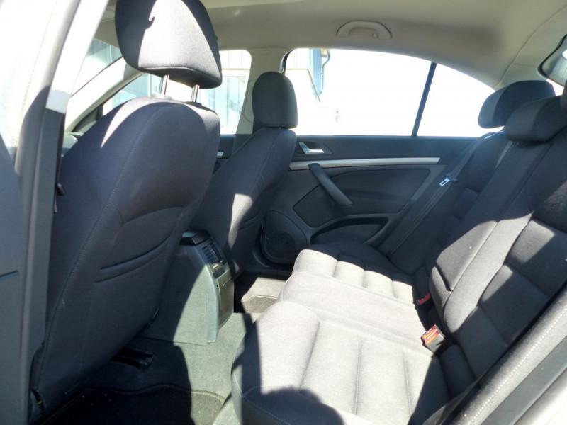 Photo 9 de l'offre de SKODA Octavia II 1.9 Tdi 105 Ambiente à 3990€ chez Automobiles Laurent Violet