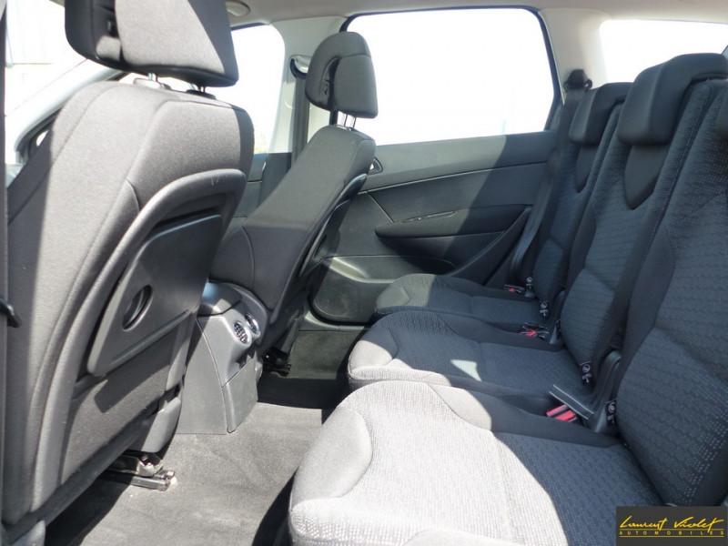 Photo 6 de l'offre de PEUGEOT 308 SW 1.6 HDi 110ch Féline 7 Pl 1 ère main à 4990€ chez Automobiles Laurent Violet