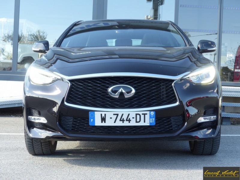 Photo 2 de l'offre de INFINITI Q30 S 1.5d 109 Sport 1ère main à 17990€ chez Automobiles Laurent Violet