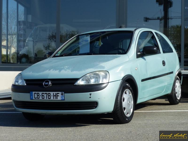 Photo 1 de l'offre de OPEL Corsa 1.0i 12S City Révisée à 2490€ chez Automobiles Laurent Violet