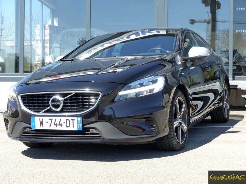 Volvo V40 D2 120 R-Design Facelift 1ère main Diesel noir Occasion à vendre