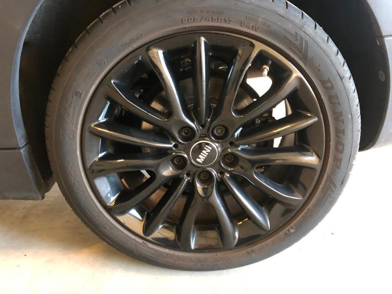 Photo 10 de l'offre de MINI Clubman Cooper D 150ch Exquisite à 17900€ chez Dugast automobiles