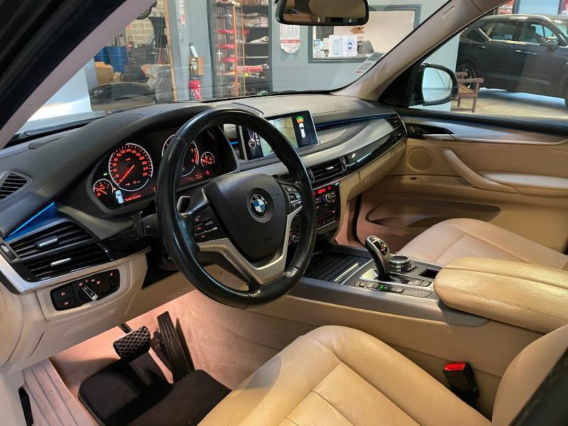 Photo 13 de l'offre de BMW X5 xDrive40dA 313ch xLine à 27900€ chez Dugast automobiles