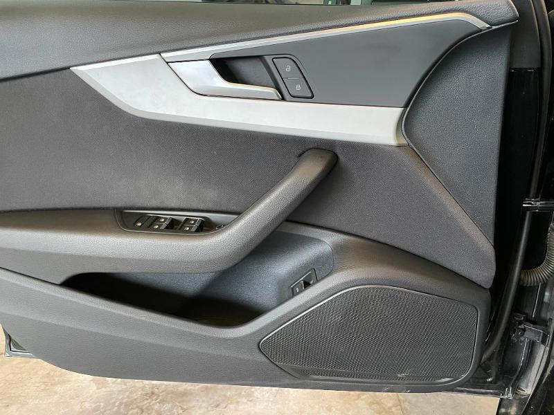 Photo 20 de l'offre de AUDI A4 Avant 40 TDI 190ch Business line quattro S tronic 7 Euro6d-T à 27900€ chez Dugast automobiles