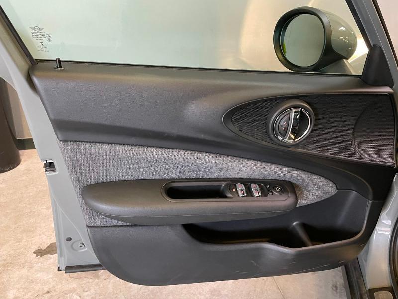 Photo 19 de l'offre de MINI Clubman One D 116ch Hyde Park à 14900€ chez Dugast automobiles