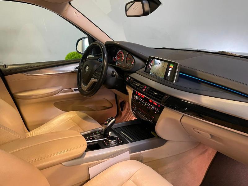Photo 5 de l'offre de BMW X5 xDrive40dA 313ch xLine à 27900€ chez Dugast automobiles