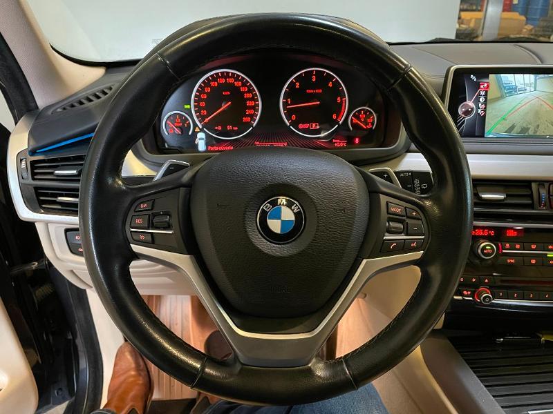 Photo 14 de l'offre de BMW X5 xDrive40dA 313ch xLine à 27900€ chez Dugast automobiles