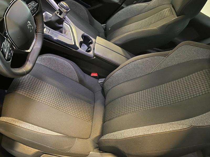 Photo 11 de l'offre de PEUGEOT 3008 1.6 BlueHDi 120ch Active Business S&S à 15900€ chez Dugast automobiles