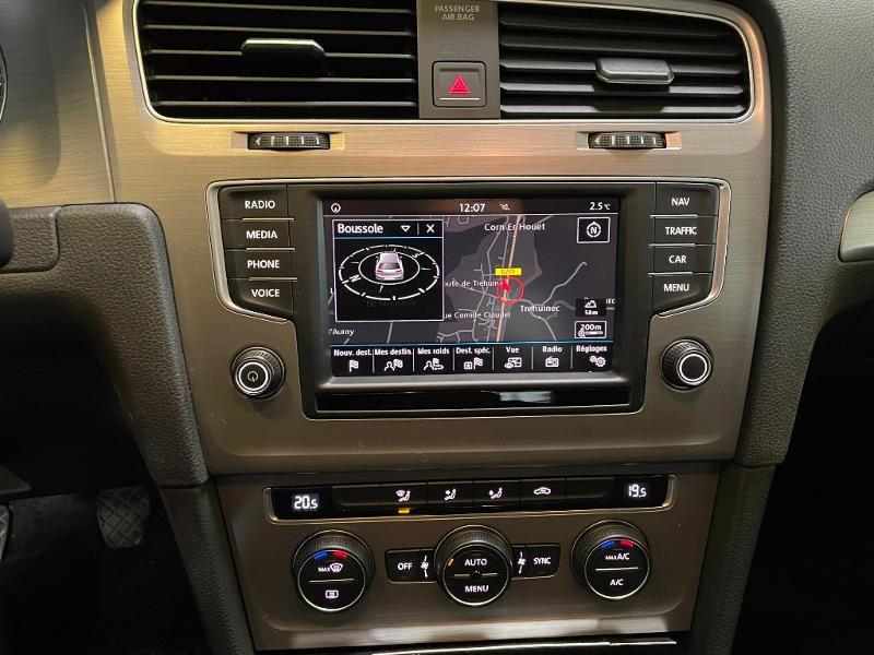 Photo 14 de l'offre de VOLKSWAGEN Golf 1.6 TDI 110ch BlueMotion FAP Confortline Business 5p à 12900€ chez Dugast automobiles