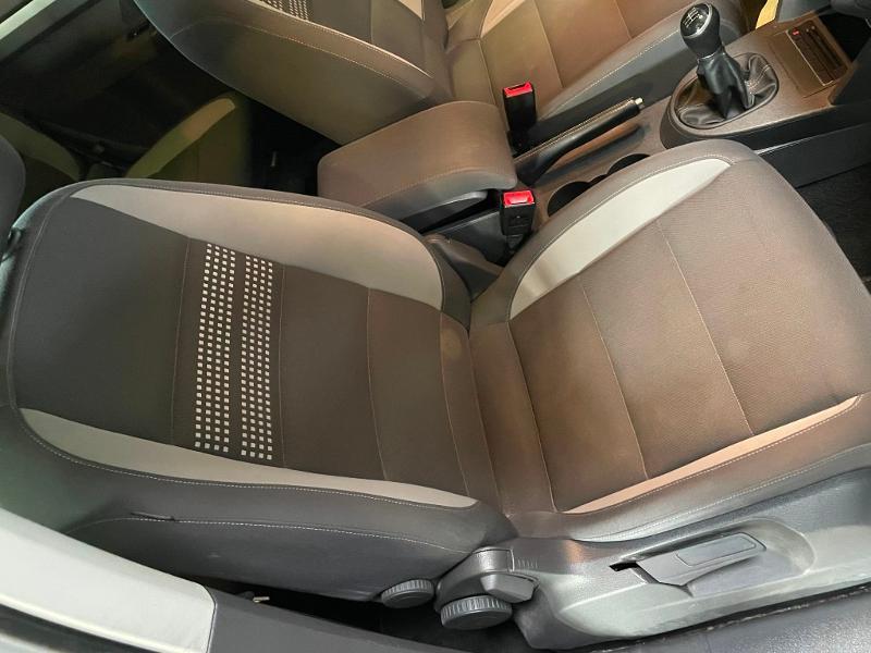 Photo 6 de l'offre de VOLKSWAGEN Touran 1.6 TDI 105ch BlueMotion Technology FAP Life à 9900€ chez Dugast automobiles