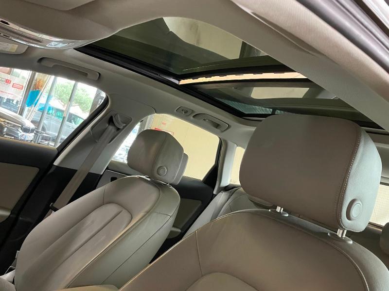 Photo 16 de l'offre de AUDI A6 Avant 3.0 V6 TDI 218ch Business Executive quattro S tronic 7 à 26900€ chez Dugast automobiles