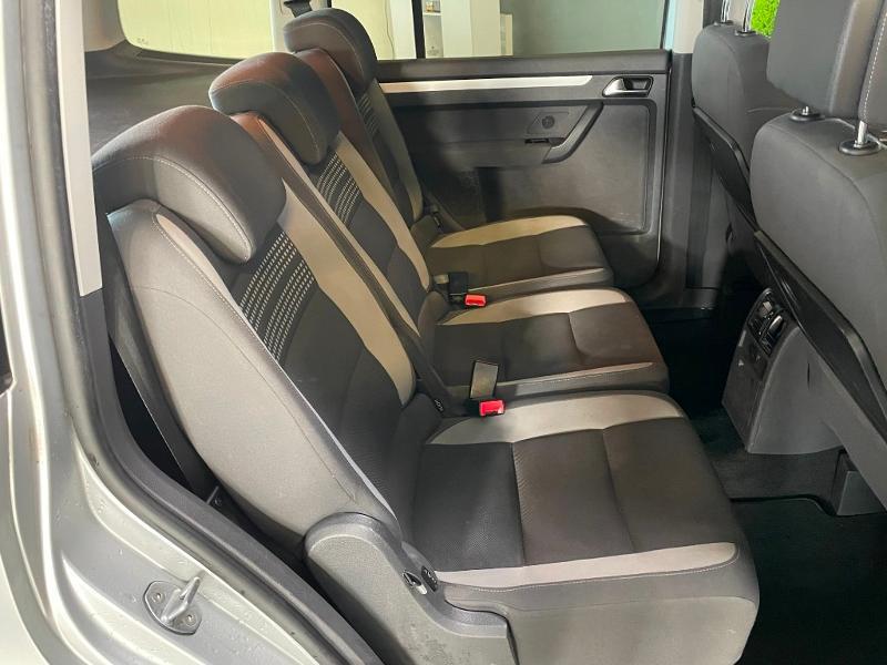 Photo 7 de l'offre de VOLKSWAGEN Touran 1.6 TDI 105ch BlueMotion Technology FAP Life à 9900€ chez Dugast automobiles