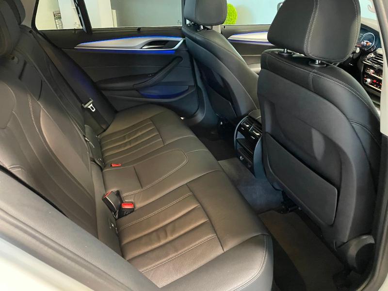 Photo 9 de l'offre de BMW Serie 5 530dA xDrive 265ch Executive Euro6c à 34900€ chez Dugast automobiles