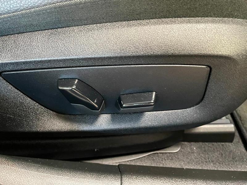 Photo 7 de l'offre de BMW Serie 5 530dA xDrive 265ch Executive Euro6c à 34900€ chez Dugast automobiles