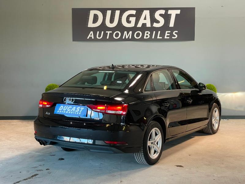 Photo 4 de l'offre de AUDI A3 BERLINE 2.0 TDI 150ch BUSINESS BVM6 à 17900€ chez Dugast automobiles