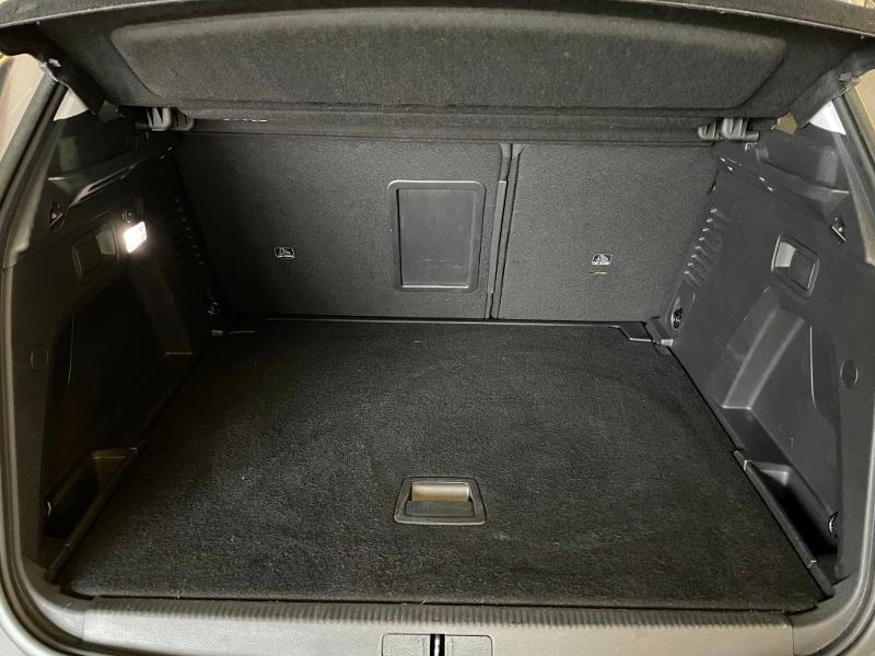 Photo 8 de l'offre de PEUGEOT 3008 1.6 BlueHDi 120ch Active Business S&S à 15900€ chez Dugast automobiles