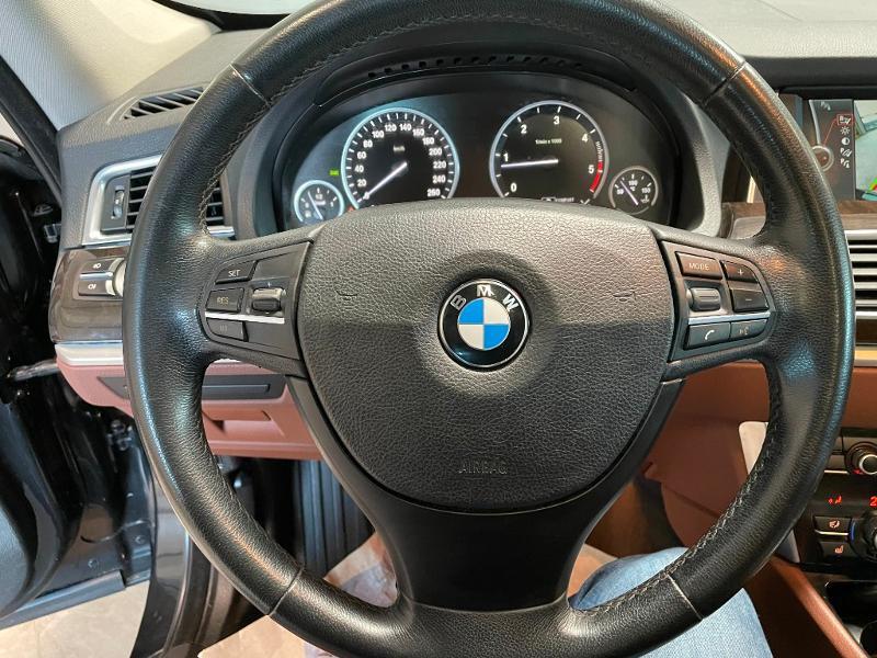 Photo 16 de l'offre de BMW Serie 5 Gran Turismo 530dA 245ch Exclusive à 18900€ chez Dugast automobiles