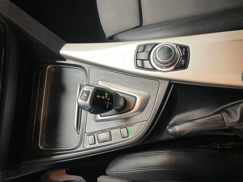 Photo 20 de l'offre de BMW Serie 3 Touring 318dA 150ch Business à 14900€ chez Dugast automobiles