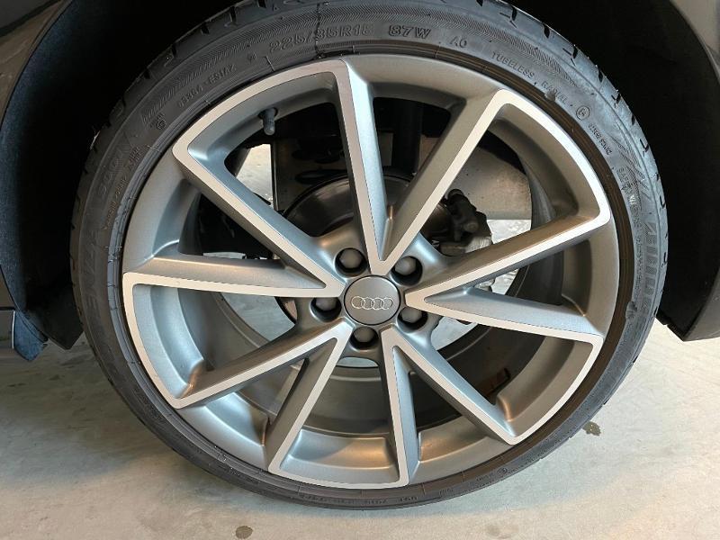 Photo 12 de l'offre de AUDI A1 1.8 TFSI 192ch S line S tronic 7 à 20900€ chez Dugast automobiles