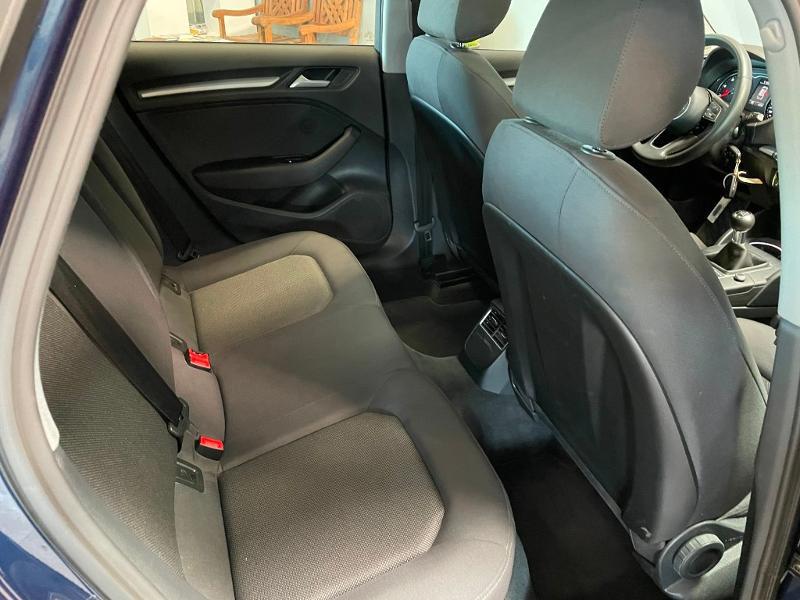 Photo 7 de l'offre de AUDI A3 Sportback 1.6 TDI 116ch Business line à 16900€ chez Dugast automobiles