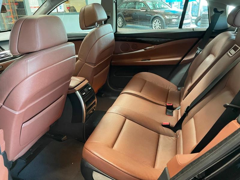 Photo 11 de l'offre de BMW Serie 5 Gran Turismo 530dA 245ch Exclusive à 18900€ chez Dugast automobiles