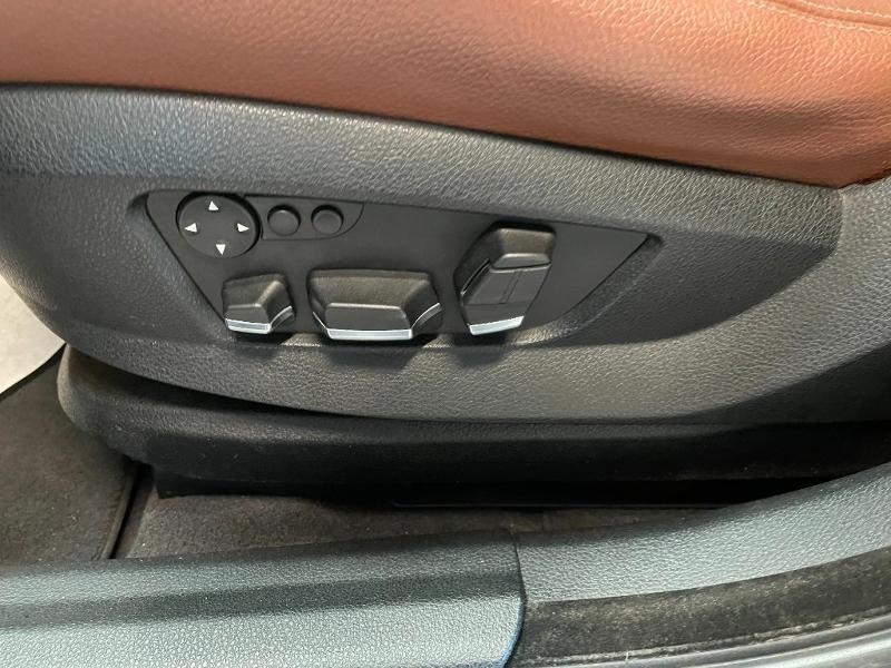 Photo 14 de l'offre de BMW Serie 5 Gran Turismo 530dA 245ch Exclusive à 18900€ chez Dugast automobiles